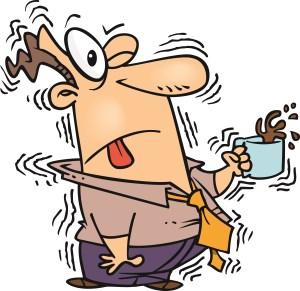 Nebenwirkungen Koffein - Cartoon Mann der zittert mit Kaffee in der Hand