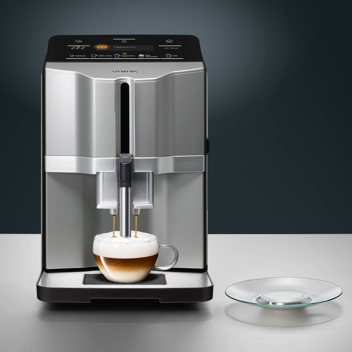 siemens eq 3 s300 test aroma kaffeevollautomat. Black Bedroom Furniture Sets. Home Design Ideas