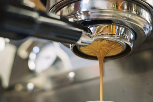 Kaffee aus Mahlwerk